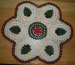 Christmastreesdoily_12-31-2004_11-00-010_small