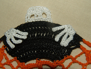 Skeletonwitchdoily-4_small2