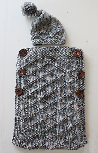Ravelry Baby Cocoon And Stocking Hat Pattern By Vanessa Cayton