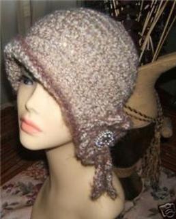Ravelry  1920 s Style Cloche Flapper Hat pattern by Vicki McNabb 058684644a8