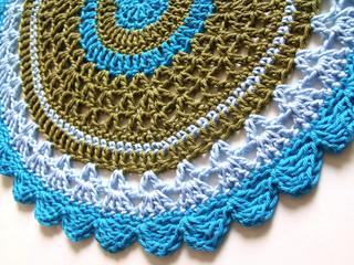 Crochet_doily_seaside_022_small2