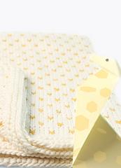 Lnitting-kit-meriwool-merino-superwash-baby-fraggle-blanket-04_1_small