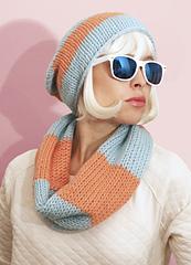 Knitting-kit-petite-wool-doughnut-snood-1_small