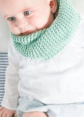 Knitting-kit-cotton-baby-hoola-hoop-snood-01_small