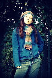 Weekender_hat_and_scarf_small_best_fit