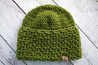 Aster Hat pattern by Wendy Millé