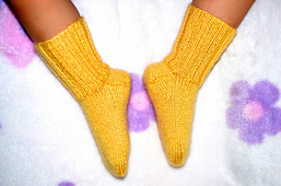Basic_socks_for_baby_3_small_best_fit