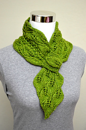 Leaves_and_mock_cables_scarf_14ss_small_best_fit