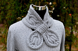 Gray_circle_cables_scarf_09s_small_best_fit