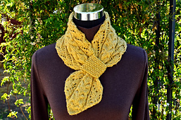 Lace_and_cables_scarf_12s_small_best_fit
