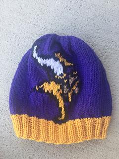52c473ea9b4a30 Ravelry: Vikings Beanie pattern by Genevieve Krzeminski