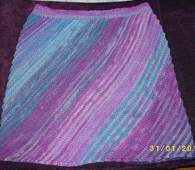 skośna spódnica