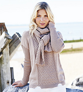 Ww-autumn-essenials-sweater-and-scarf_small_best_fit