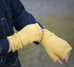 Knitting_high-res_30_-_version_3_small