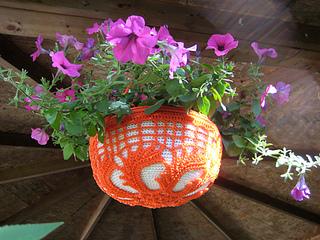 Hanging_garden_gazebo_small2