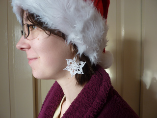 Snowflake_earrings_small2