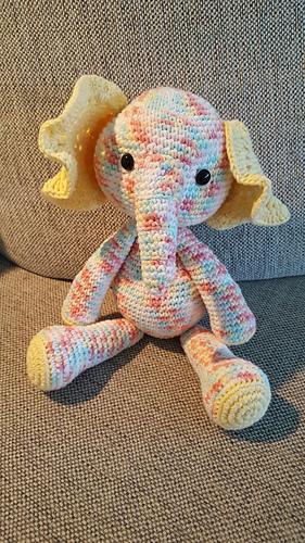 Elefant6_medium
