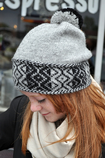 Radio_frequency_hat1_small2