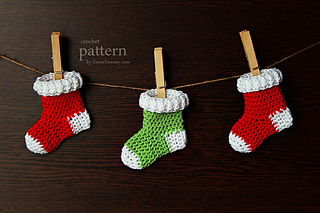 Ravelry: Crochet Christmas Stocking Ornaments pattern by zoom yummy