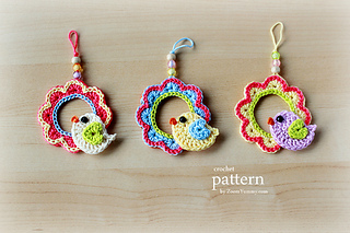 Pattern_-_crochet_bird_on_a_wreath_-_final_-_1_-_630_-_with_text_small2