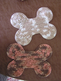 Free Crochet Pattern For A Dog Bone : Ravelry: Dog Bone Potholder pattern by Andrea Wallace